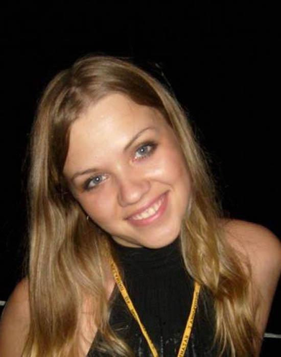 Chloe, 24 ans (Clermont-Ferrand)