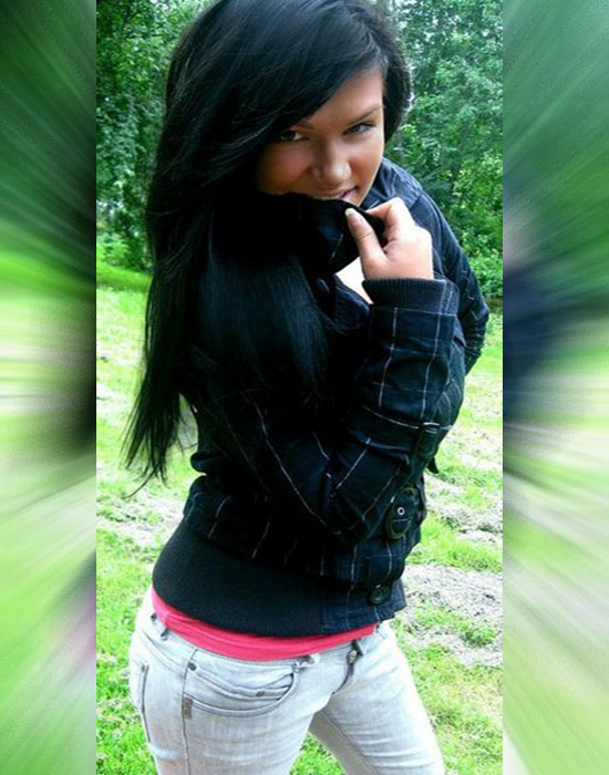 Elza (25 ans, Cannes)